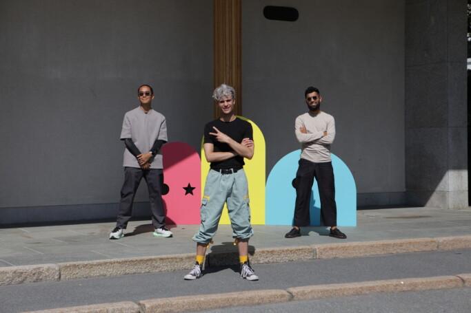 Sotberg og dansegruppa Quick Style, som har koreografert dansen.