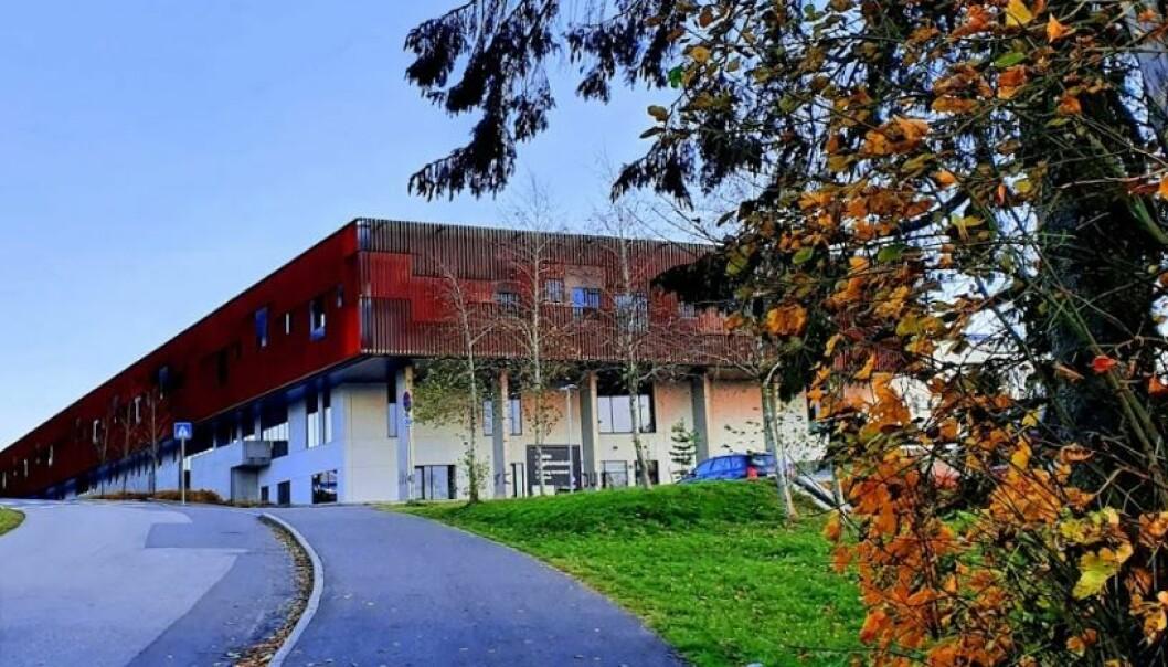 230 elever og lærere ved Askim ungdomsskole er i karantene.