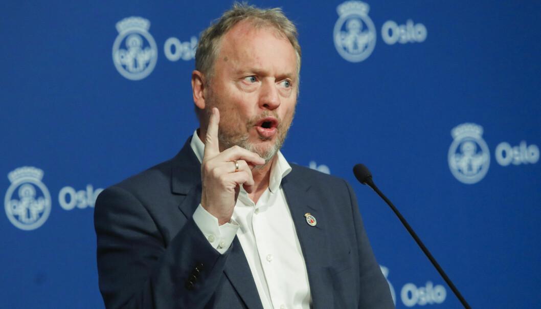 Byrådsleder i Oslo, Raymond Johansen, forlenger smitteverntiltakene i Oslo til 14. desember.