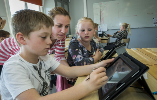 Bruken av assistenter i skolen forsetter å øke