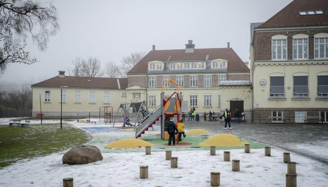 Det blir stadig flere skoler med mer enn 500 elever. Ved Tåsen skole i Oslo har de 700 elever.