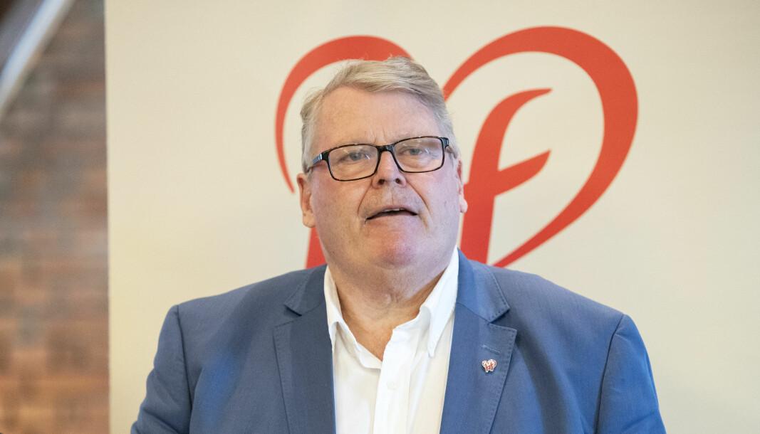 Parlamentarisk leder i Krf, Hans Fredrik Grøvan kaller Ap-forslaget for intolerant.
