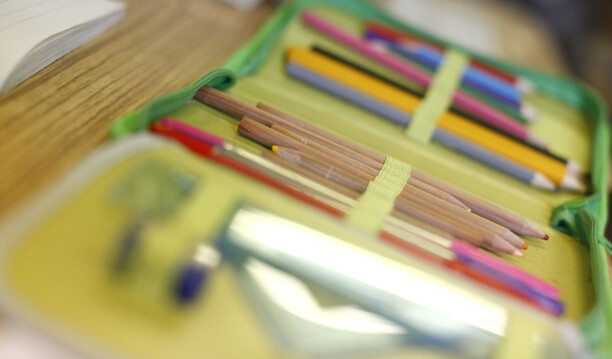 Ruselkka skole, klasserom, tavle, undervisning, lese, skrive, lrer, elev, konsentrasjon