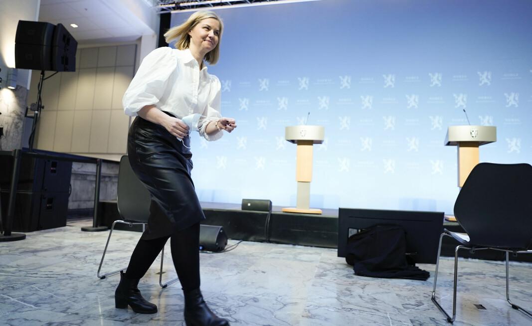 Kunnskaps- og integreringsminister Guri Melby (V) før presentasjonen av stortingsmeldingen om videregående opplæring.