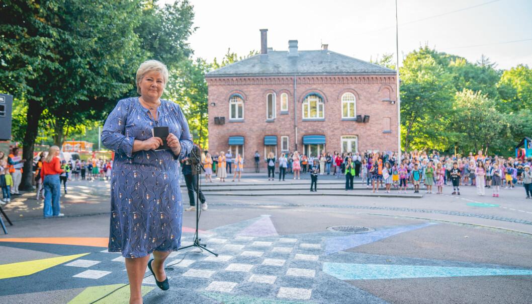 Statsminister Erna Solberg på Lakkegata skole i Oslo.