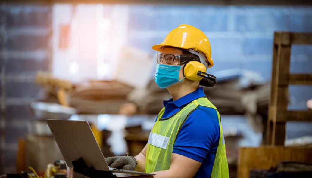 Yrkesfaglærere mener ny struktur, fagfornyelsen og fullføringsreformen vil kunne bidra til at flere oppnår yrkeskompetanse.