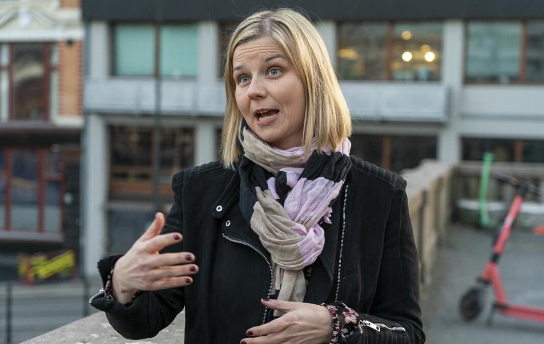 Barneombudet ble kunnskapsminister Guri Melby (V) revurdere beslutningen om muntlig eksamen.