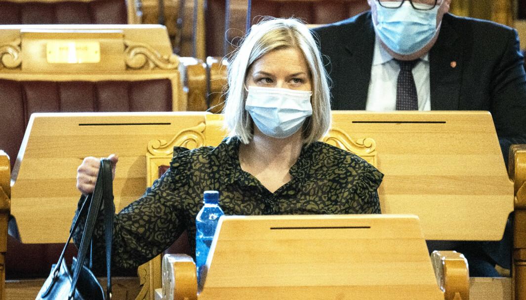Kunnskaps- og integreringsminister Guri Melby (V) under den muntlige spørretimen på Stortinget, onsdag.