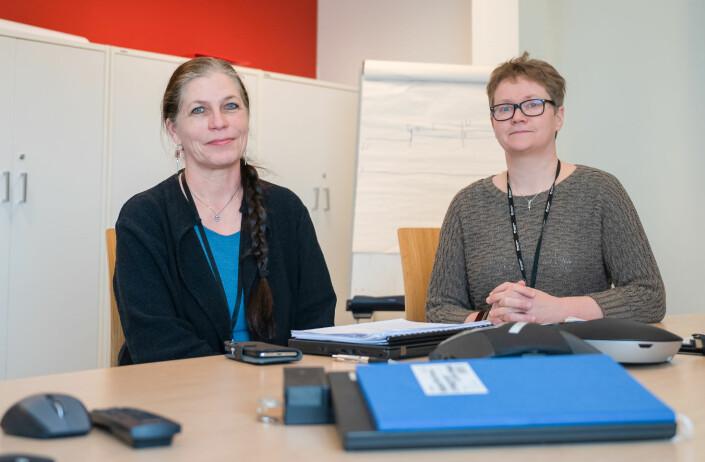 Sektorsjef for oppvekst og kultur, Anne Jahre (t.v.), og administrasjonssjef Hege Walør Fagertun mener at overgangsordninger til nye forskrifter blir viktig.