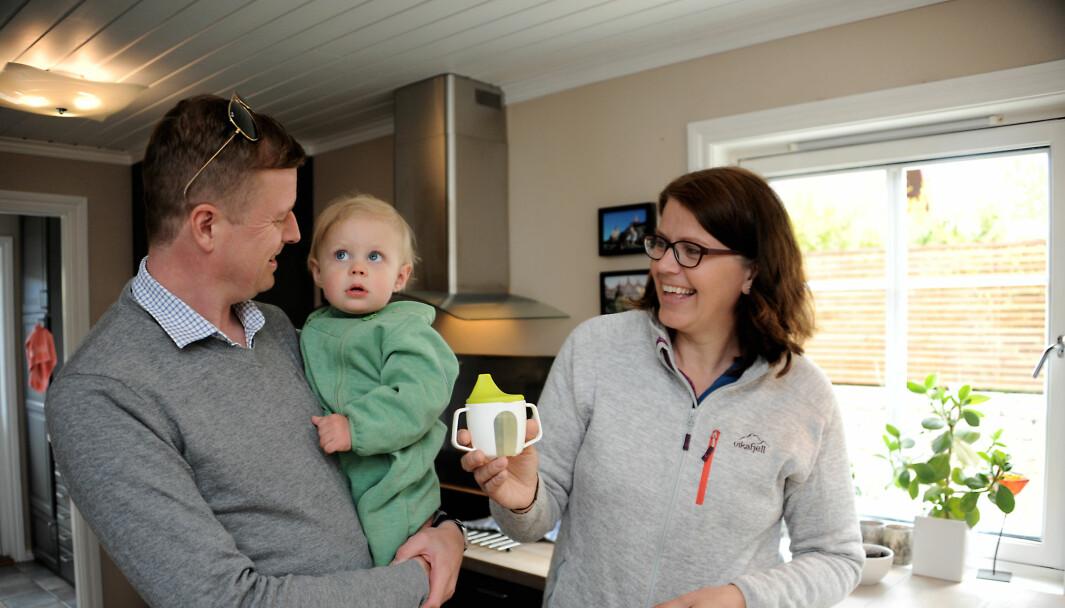 Fredrik Aakrann ønsket at sønnen Oliver skulle få en myk overgang til livet utenfor familien. I familiebarnehagen til Tone Bjellvåg fant far og sønn den roen de søkte.
