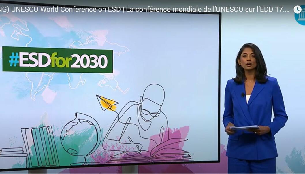 Utdanningssystemet si rolle for berekraftig utvikling var tema på verdskonferansen til FN-organisasjonen for utdanning og kultur, UNESCO, 17.-19. mai. På bildet: konferansieren, Sumi Somaskanda.