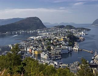 Oppblomstring av smitte blant ungdommer i Hamarregionen og Ålesund