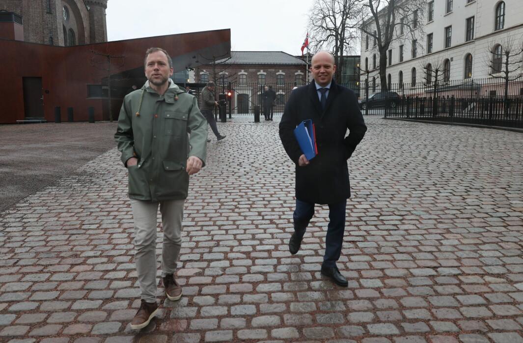 Audun Lusbakken (SV) og Trygve Slagsvold Vedum (Sp) er to av toppolitikerne som har takket nei til å rykke fram i vaksinekøen.