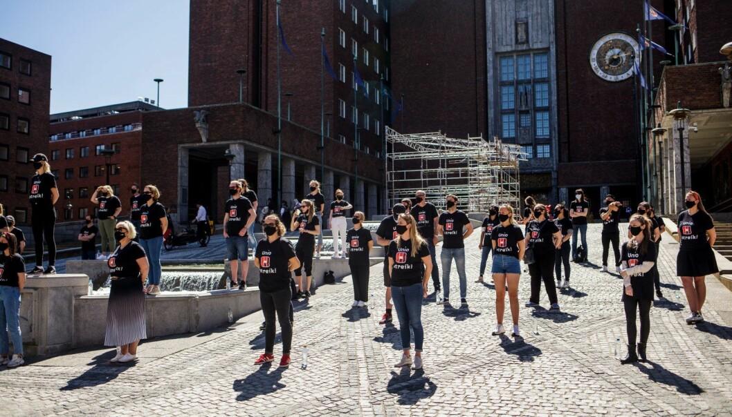Streikemarkering ved Oslo rådhus 28. mai 2021.