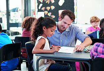 Elever med lese- og skrivevansker - Bør spesialundervisningen skje i eller utenfor klasserommet?