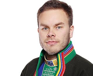 – Vi får tilbakemelding om at samiske barn møter et system bygd for et norsk perspektiv. Vi ønsker at samiske barn skal lære seg samisk språk og bli kjent med samisk kultur, sier sametingsråd Mikkel Eskil Mikkelsen.