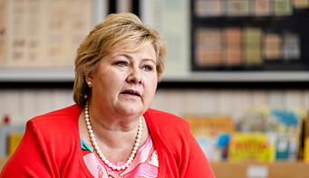 Et godt gratis utdanningssystem bidrar mest til klassereisen, ikke minst for innvandrere, sier Erna Solberg.