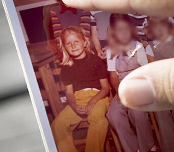 Elrid Lüdemann tok med klassebildet, med Hanne Skartveit som 1.-klassing på Manglerud skole i 1973.