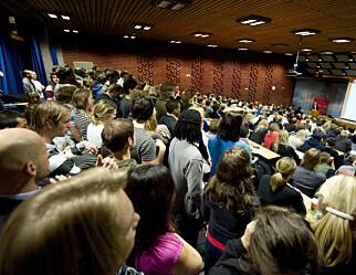 Regjeringen fjerner enmeters-kravet i høyere utdanning