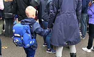 Rektorer: Skolestart uten foreldre i klasserommet gir mer ro
