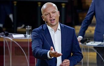 Vedum ut mot Solberg i lokaliserings-debatten: – Skyver styrene foran seg