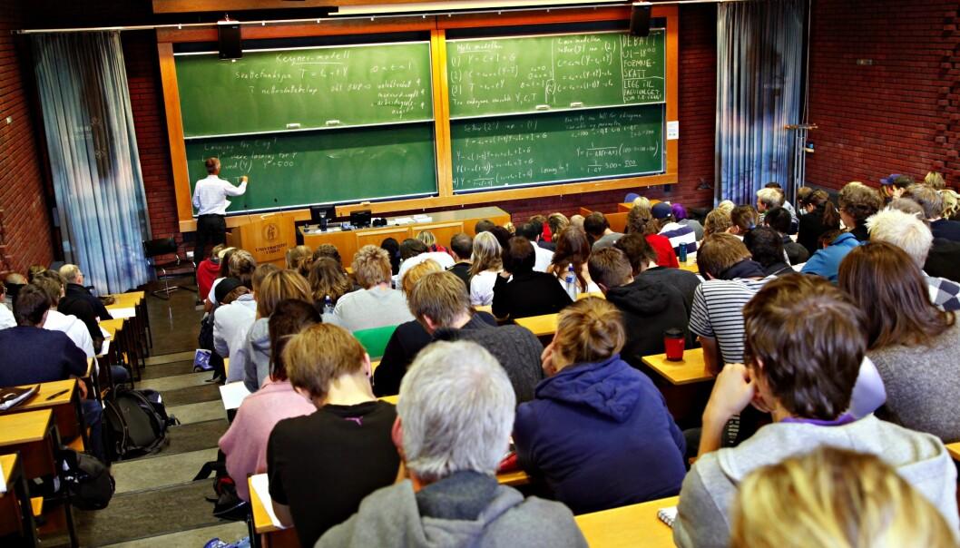 Oslo. Universitetet  p Blindern. Forelesning  i auditorium 1 ved Samfunnsvitenskapelig fakultet i Oslo.