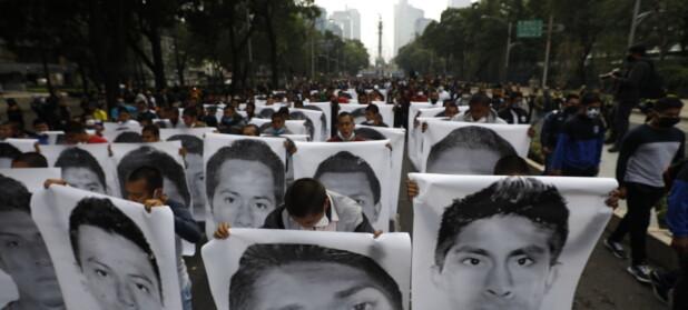 Historien om de 43 mexicanske lærerstudentene som forsvant er blitt bok