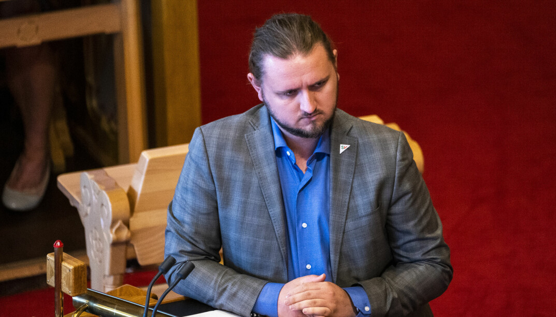 Freddy André Øvstegård (SV) er skeptisk til Solberg-regjeringas forslag til statsbudsjett.