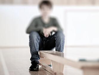 Lærer fikk bot for å ha sparket Henrik (12) i ryggen